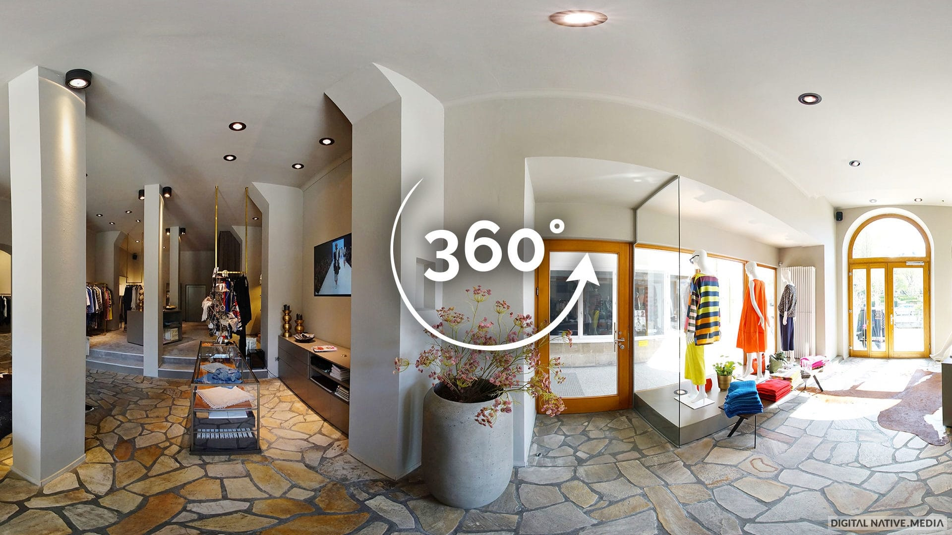 360°-Video von Fabio - Exklusive Damenmode in Bayreuth. Gedreht von Digital Native Media